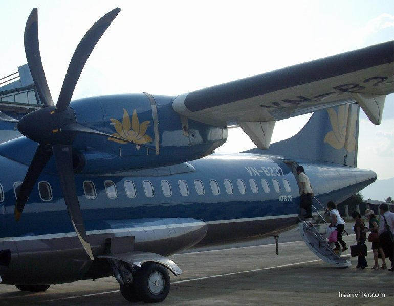 Vietnam Airlines ATR72-500, note the tail stand