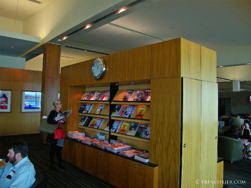 Complimentary magazines and newspapers availble in the lounge