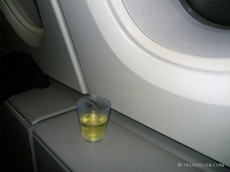 Additional space for your inflight drinks in Economy Class onboard the Airbus A380