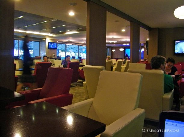 Seating alcove area at the HUB Lounge