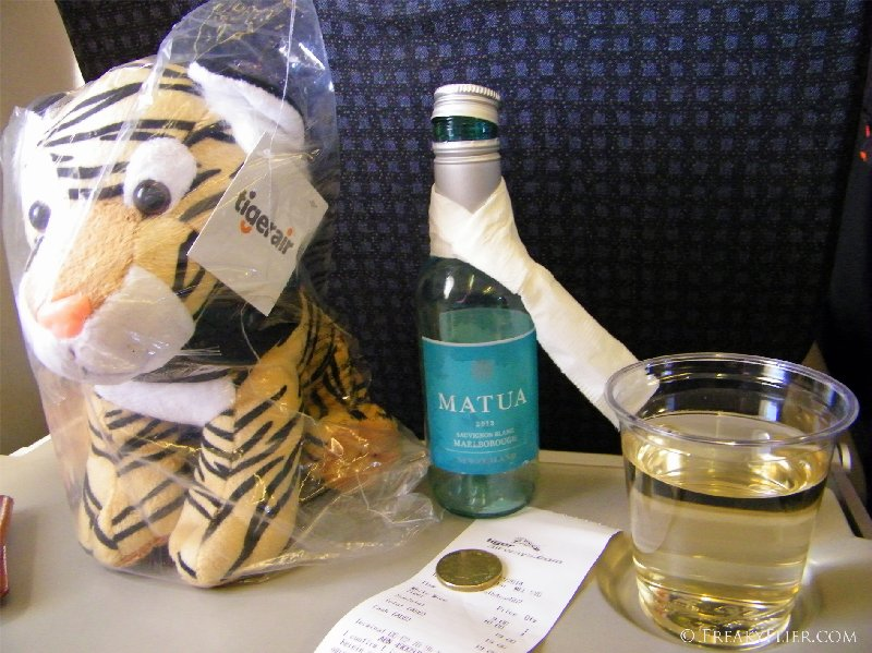 Toby the tiger and a Matua Sauvignon Blanc
