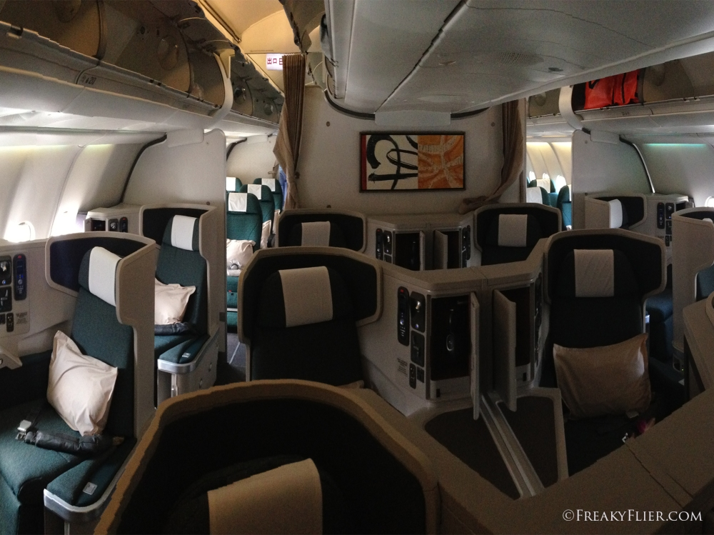Business Class cabin on the CX A330-300