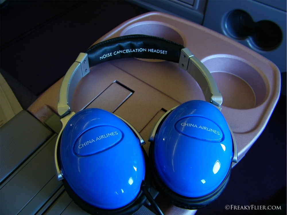 Noise cancelling headphones on board China Airlines Business Class