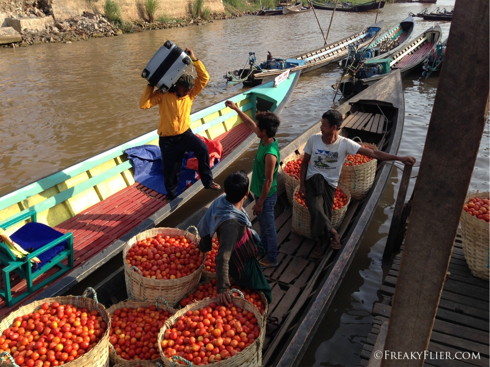 Arriving by longboat in Nyaungshwe