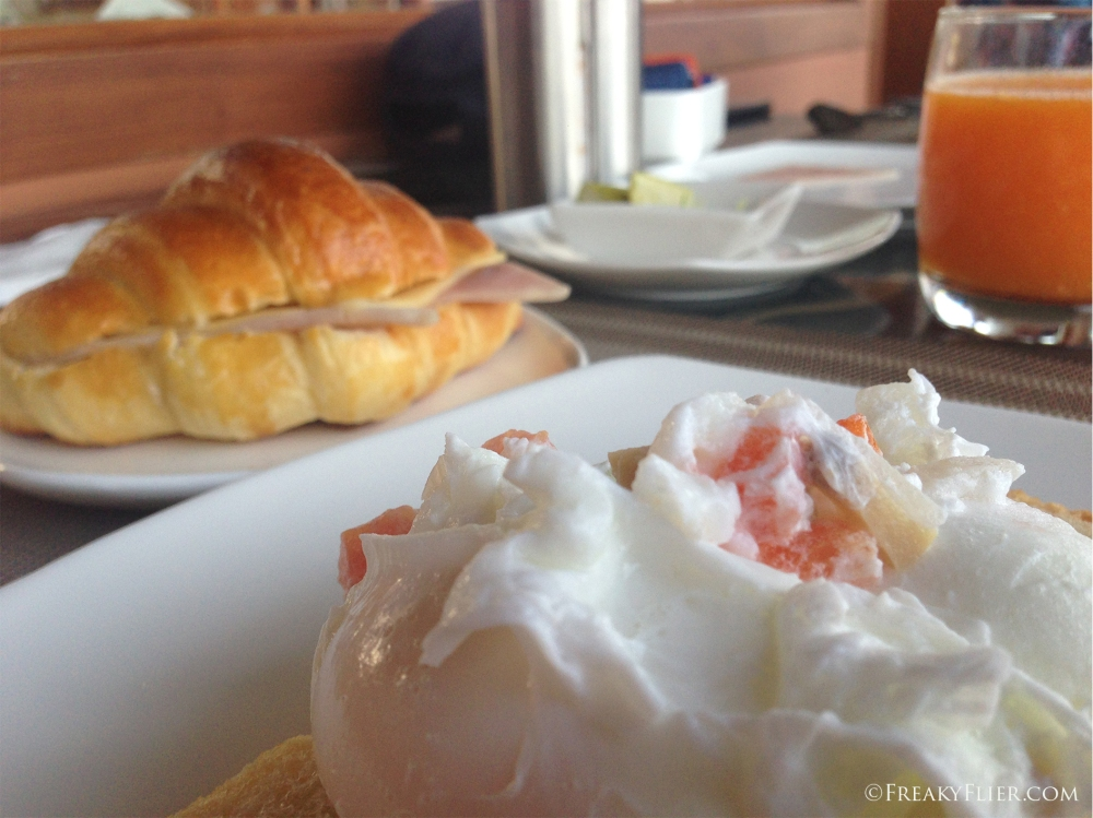 Breakfast at The Novotel Myat Min Lake Inle