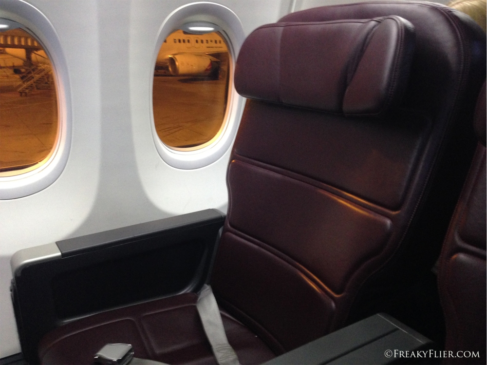 Business Class recliner seat on the 737-800