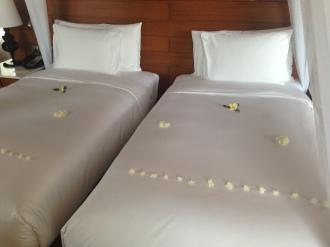 Twin bedding at Novotel Inle Lake