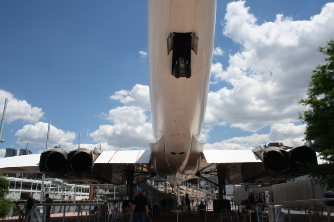 The undercarriage of Concorde G-BOAD